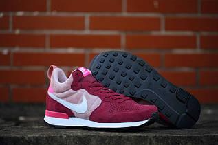 Кроссовки женские Nike Internationalist / ARC-390