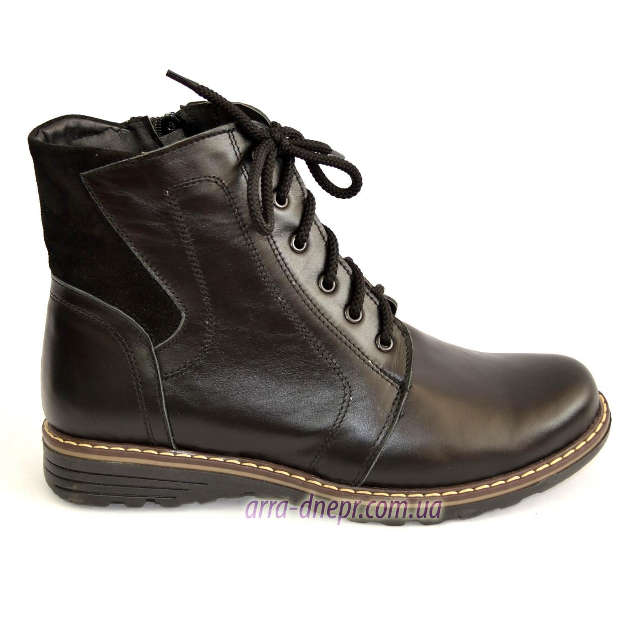 Женские кожаные зимние ботинки на шнуровке.