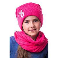 Яркая детская шапочка для девочки на флисе с помпоном