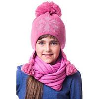 Теплая детская шапочка на девочку со снежинкой из камней