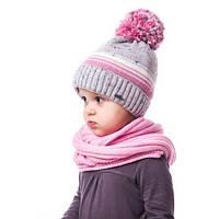 Теплая детская шапочка для девочки в полоску на флисе с помпоном
