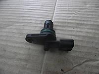 Датчик положения распредвала (1,5 dci 8) Renault Duster 10-13 (Рено Дастер), 237310776R