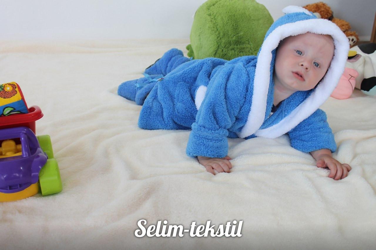Детский голубой махровый халат Зайка