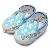 Череп ребенка анти-скольжения обувь prewalker малыша холст кроватку тапочки