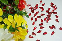 Бусины ромб с гранями красный