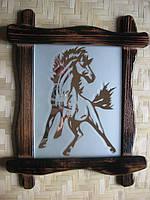 """Изображение  на зеркале """"  Лошадь"""" в рамке 25х30см"""
