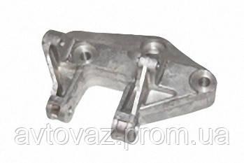 Кронштейн ВАЗ 2110, ВАЗ 2111, ВАЗ 2112 генератора нижний под кондиционер