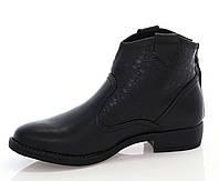 Полуботинки черного цвета на устойчивом каблуке