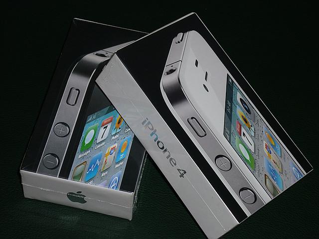 Original Apple iPhone 4 16Gb Neverlock, фото 1