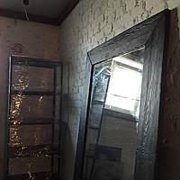 Зеркало в деревянной раме 2