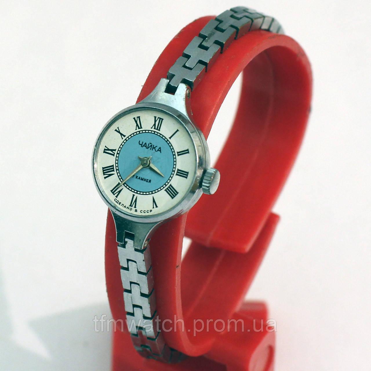 Женские часы Чайка производства СССР