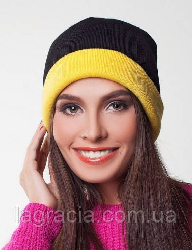 Женская зимняя вязаная шапка