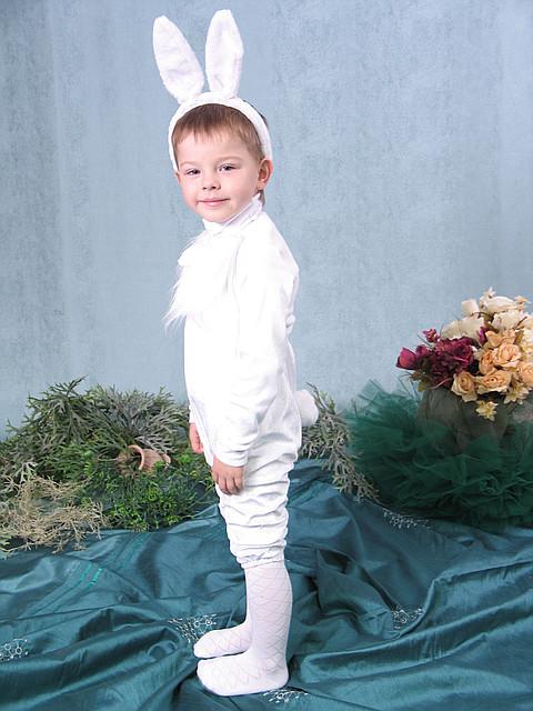 Продажа детского карнавального костюма - зайчик