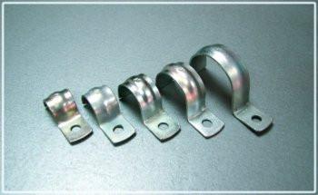 Скоба монтажная металлическая