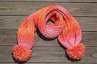 Детский вязаный шарф с помпонами