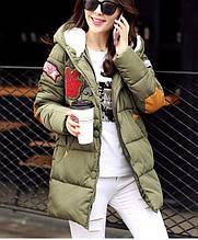 Куртка зимняя женская пуховик с аппликацией (зеленая)