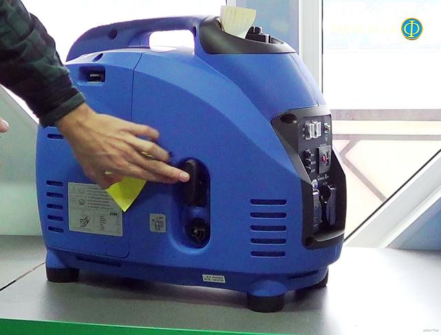 Инверторный генератор Weekender 2500i фото 2