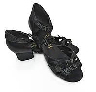 Танцевальные туфли для девочек (цвет: черная кожа+черные блестки)