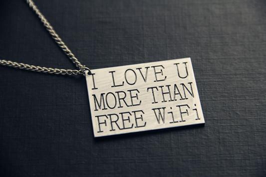 Кулон love you more than free wifi