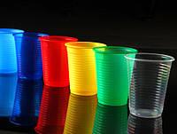 Пластиковые одноразовые стаканы