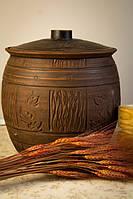 Глиняная бочка с крышкой