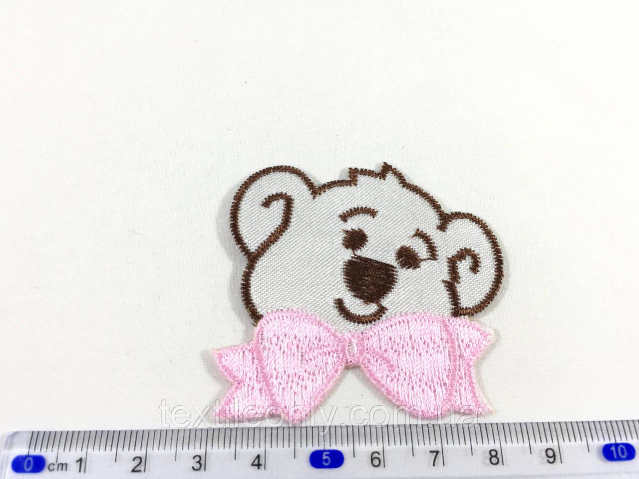 Детская нашивка мишка c розовым бантиком