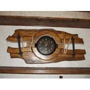 Деревянные часы под старину из сосны ручной работы