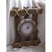 Деревянные часы из массива сосны по приемлимым ценам