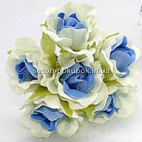 "Цветок ""Роза двухцветная"" тканевая (цена за букет из 6 шт) Белый с голубым, фото 1"