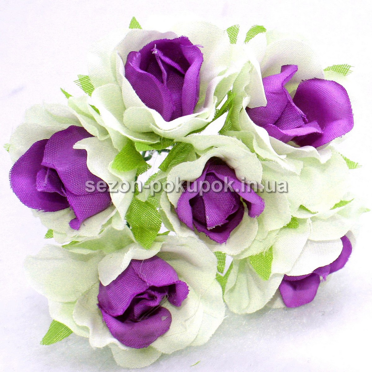 "Цветок ""Роза двухцветная"" тканевая (цена за букет из 6 шт) Белый с фиолетовым"