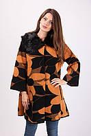 """Модное женское пальто """"Цветы"""" с меховым воротником"""