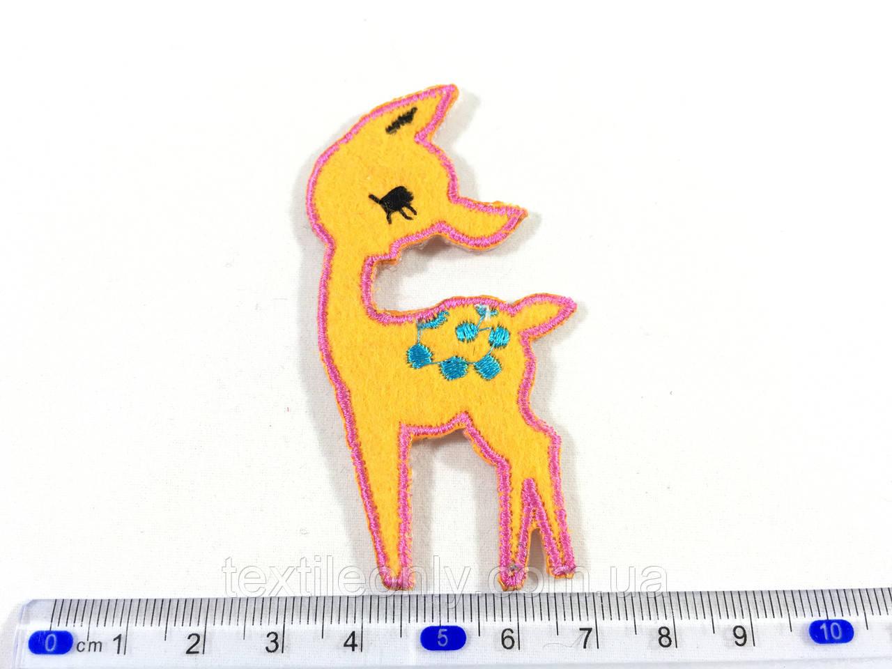 Детская нашивка олень Бэмби цвет персиковый