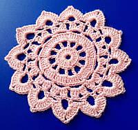 Салфетка, D 10 cm,  вязаная крючком розовая
