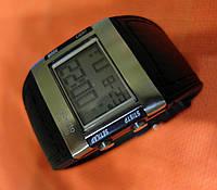 Электронные часы Alberto Kavalli цифровой стиль, стальные, унисекс