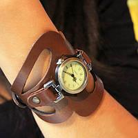 """Классические часы с кожаным браслетом ручной работы """"Прекрасная Маркиза"""""""