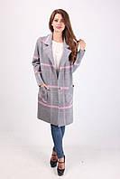 Красивое пальто свободного покроя