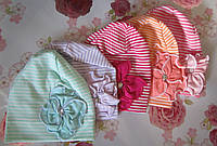 """Детская шапка """"В полоску + цветочек"""" на девочку. Разные цвета. Оптом., фото 1"""