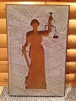 Картина Фемида с ниток и гвоздей Ручная работа