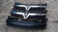 Решетка радиатора Opel Astra H.