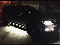 Подсветка порогов автомобиля—белая