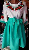 Женское вышитое платье мятного цвета