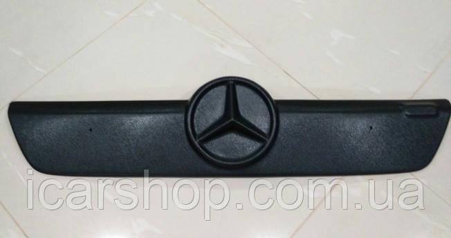 Зимняя накладка на решетку Mercedes-Benz Sprinter I 02-06 CDI Пластик