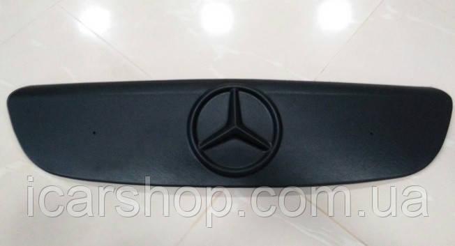 Зимняя накладка на решетку Mercedes-Benz Vito II W639 (Viano) 04-11 Пластик