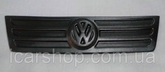 Зимняя накладка на решетку Volkswagen Caddy III 04-10 Пластик (Верх)