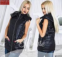 Женский стильный жилет на синтепоне с капюшоном 886 \ черный
