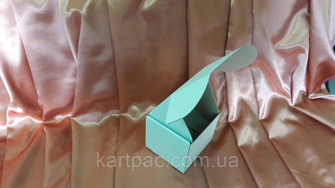 Коробка з мікрогофрокартону 110*110*110 (38)