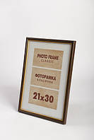 Рамка для фотографий классическая с золотой окантовкой 20х30см., 10f-312