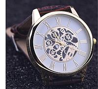Кварцевые наручные мужские часы со стильным дизайном