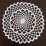Салфетки ручной работы, D 29 cm,  белая
