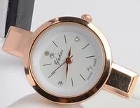 Изысканные маленькие женские часы